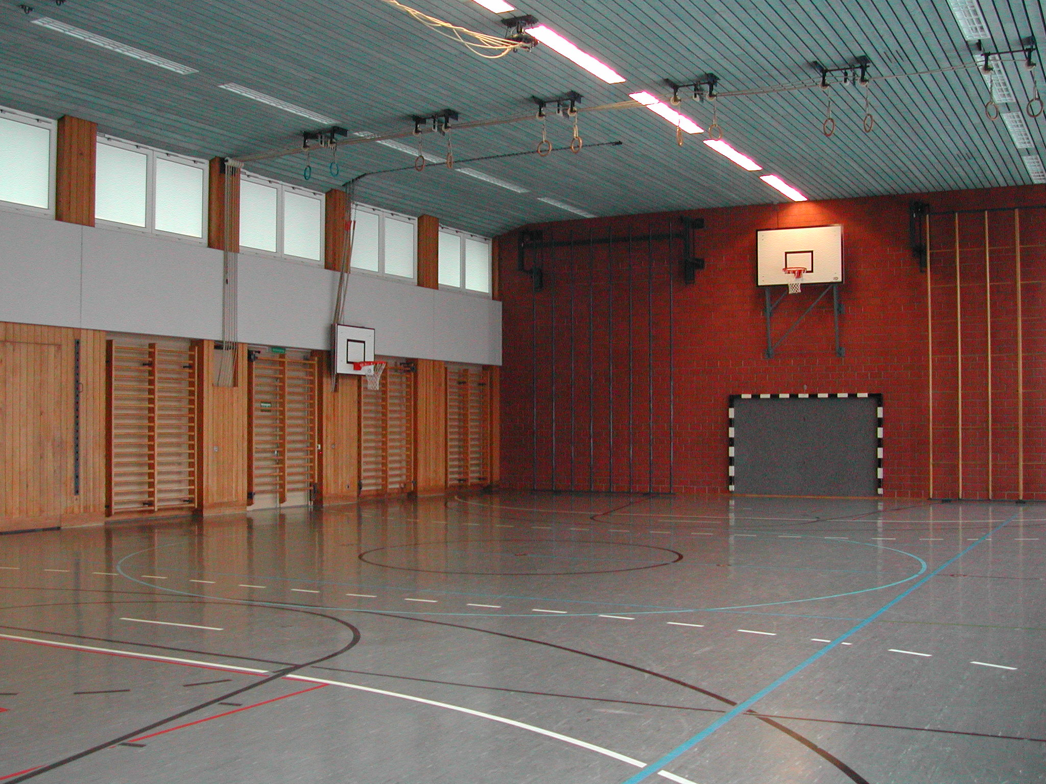 Schulhaus Rossweid - Sporthalle